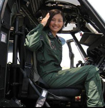 自衛隊女子1