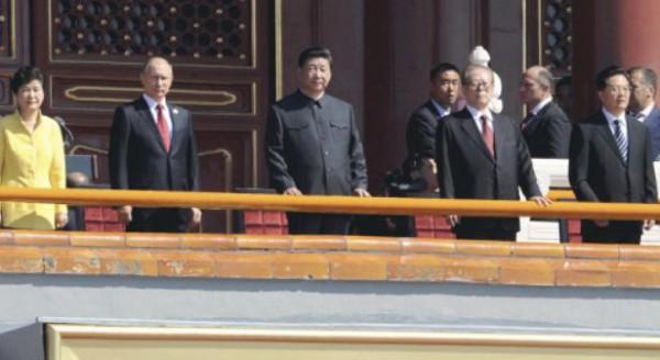 中国軍軍事パレード3