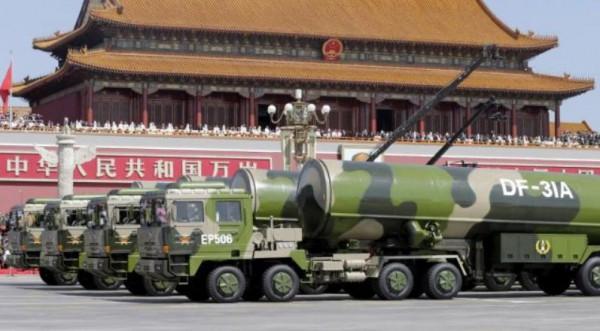 中国軍軍事パレード1