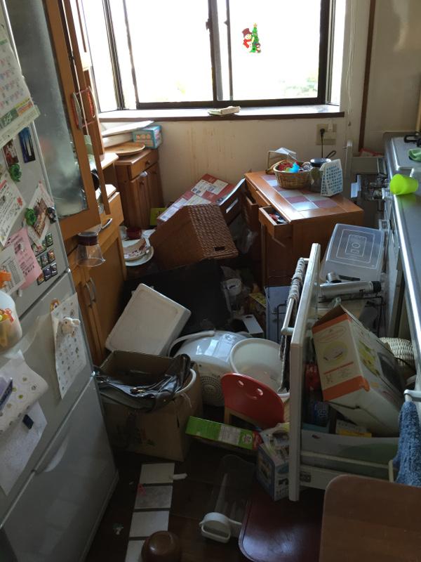 熊本地震被害画像12台所