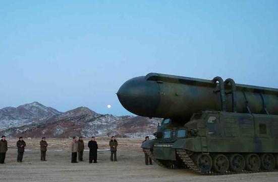 北朝鮮の新型ミサイル発射と金正男暗殺について